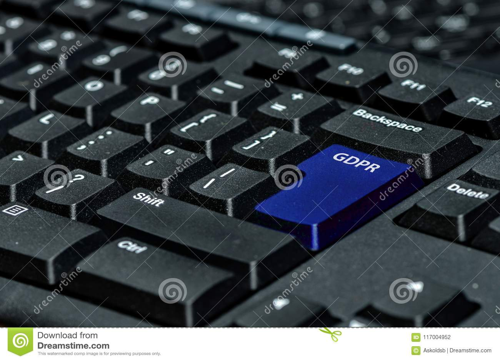 Clé de clavier bleue avec le texte GDPR comme symbole pour l intimité et le Gener