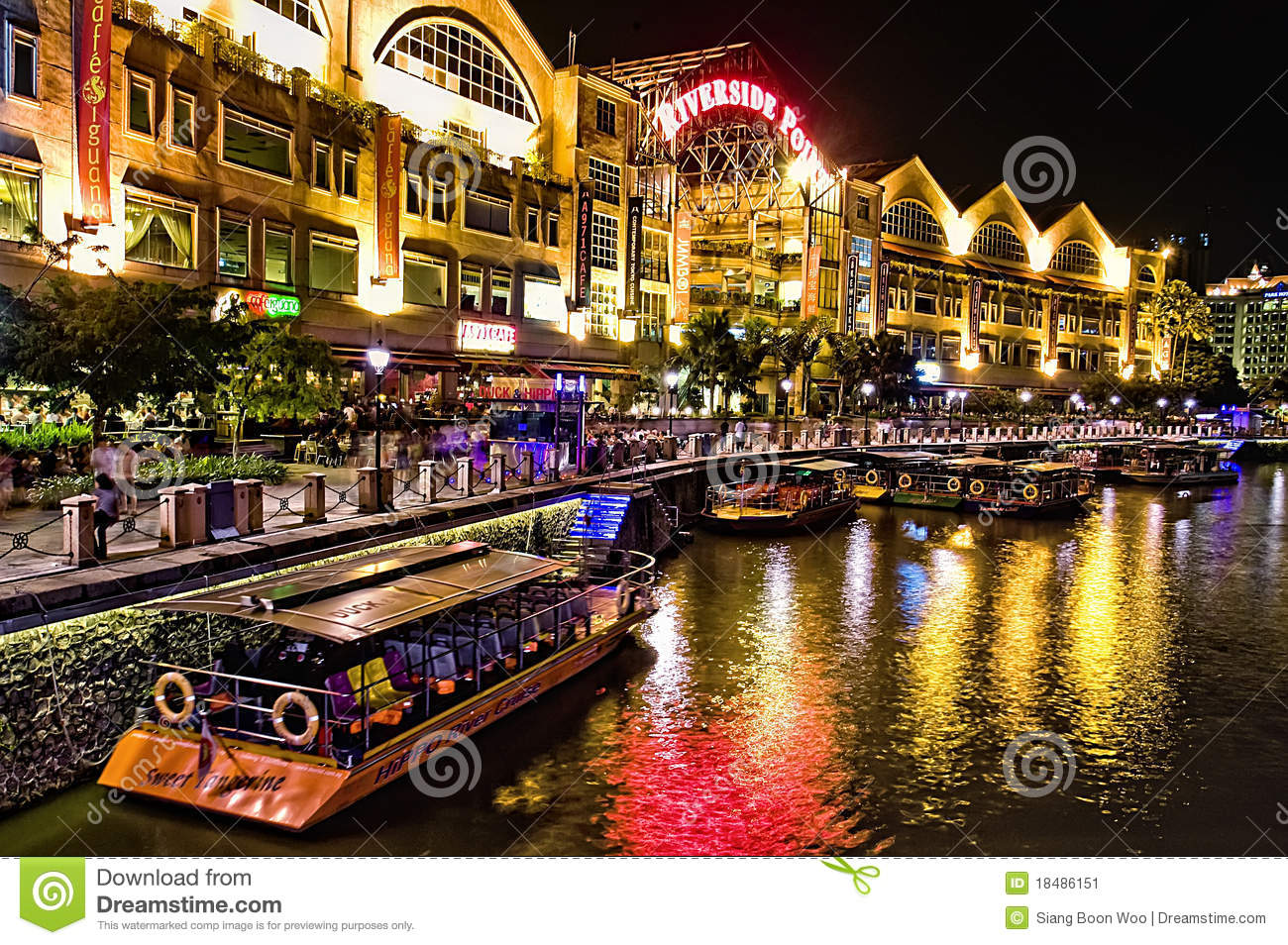 Clarke Quay at Singapore River