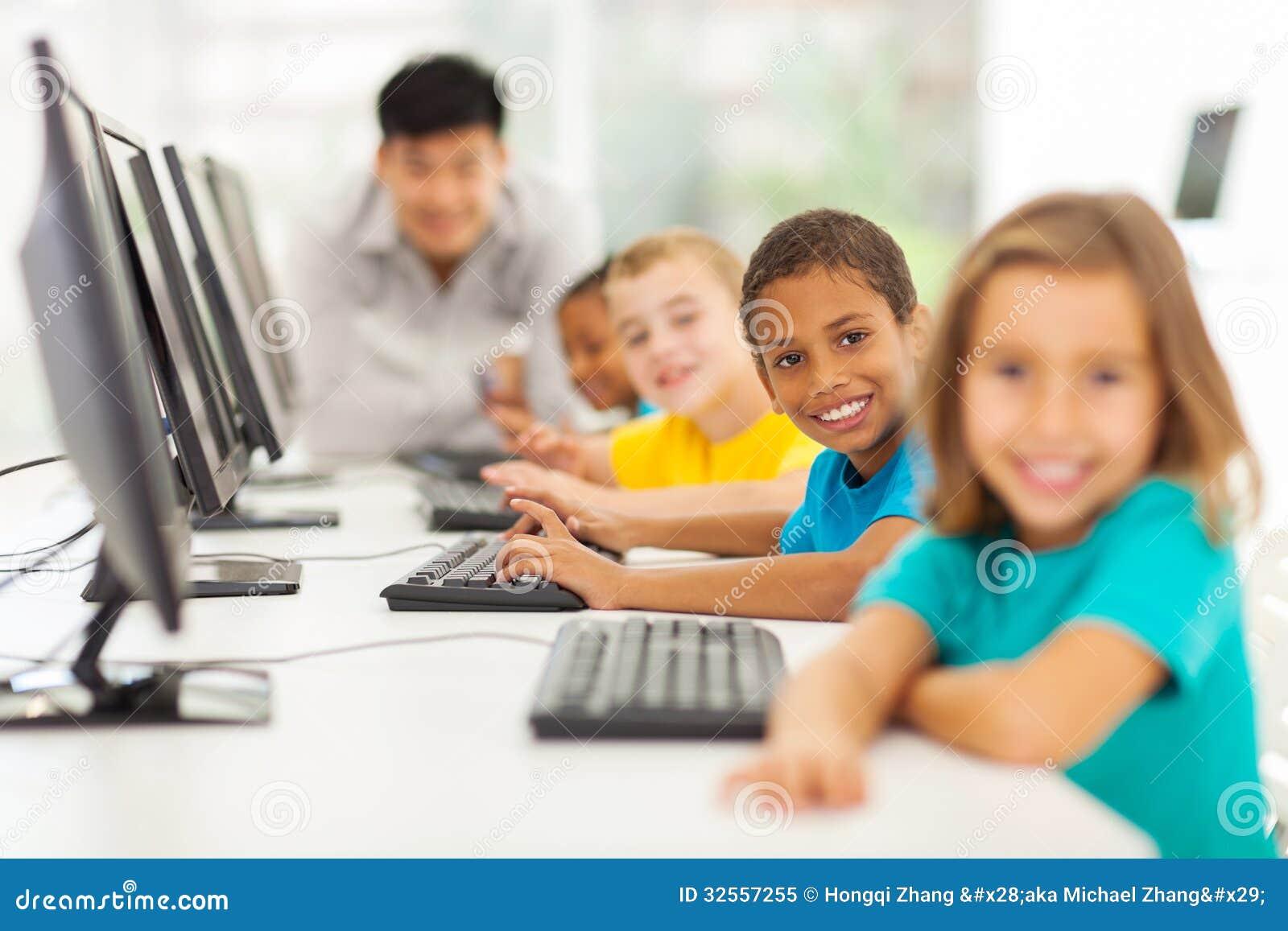 Classe d ordinateur d enfants
