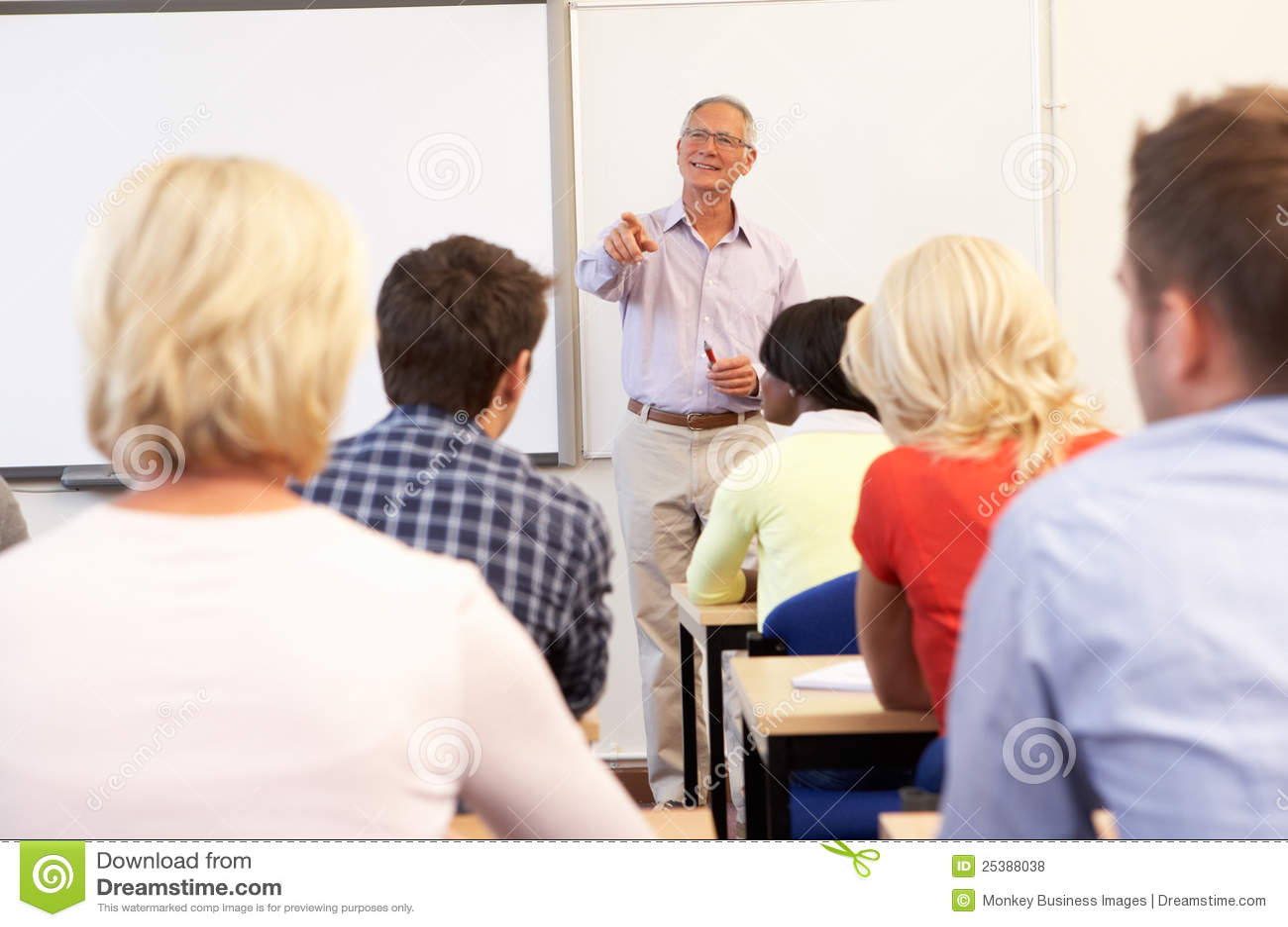 Classe de ensino do tutor sênior