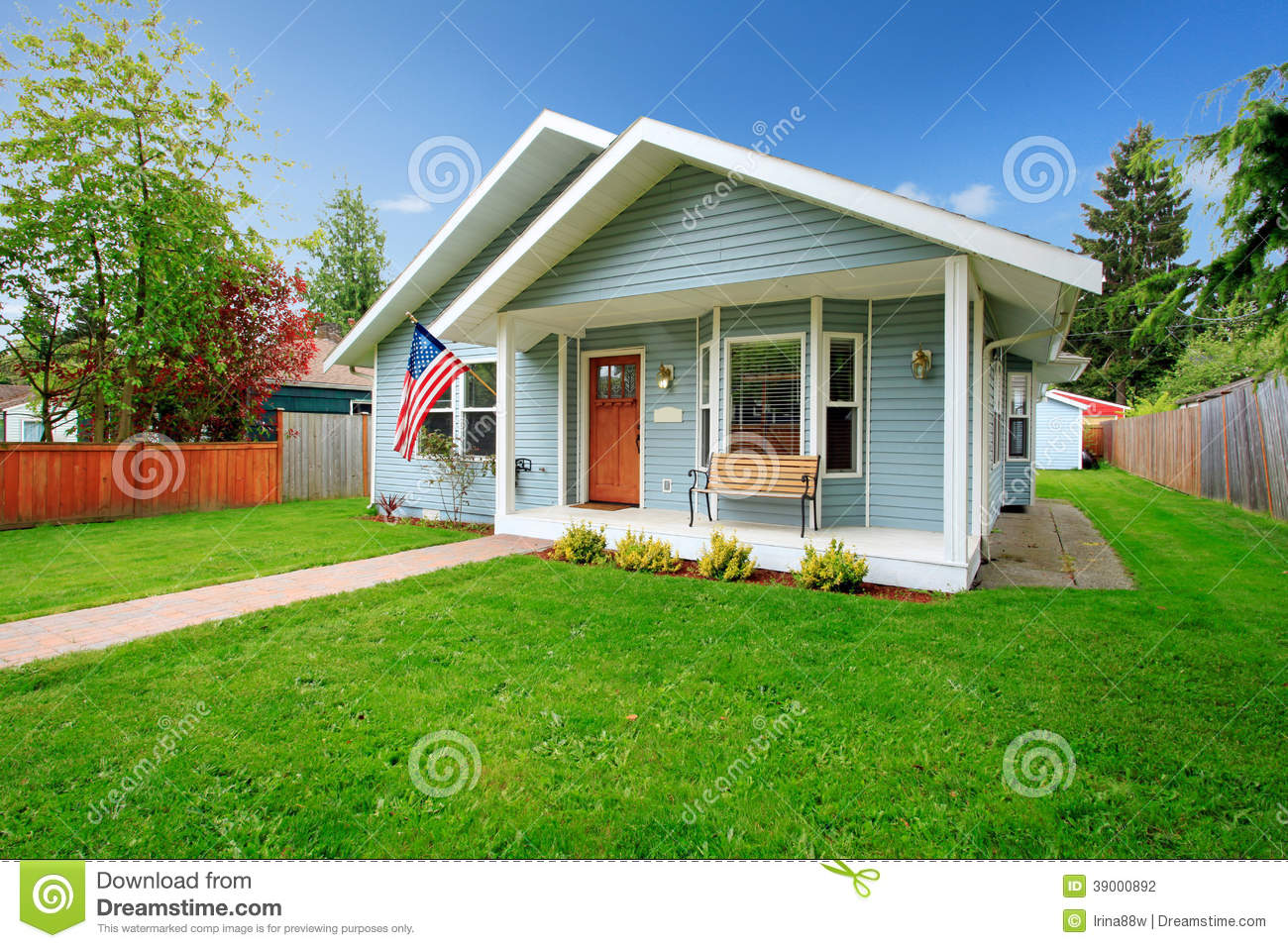 Classic american house stock photo image of front for American classic house mouse