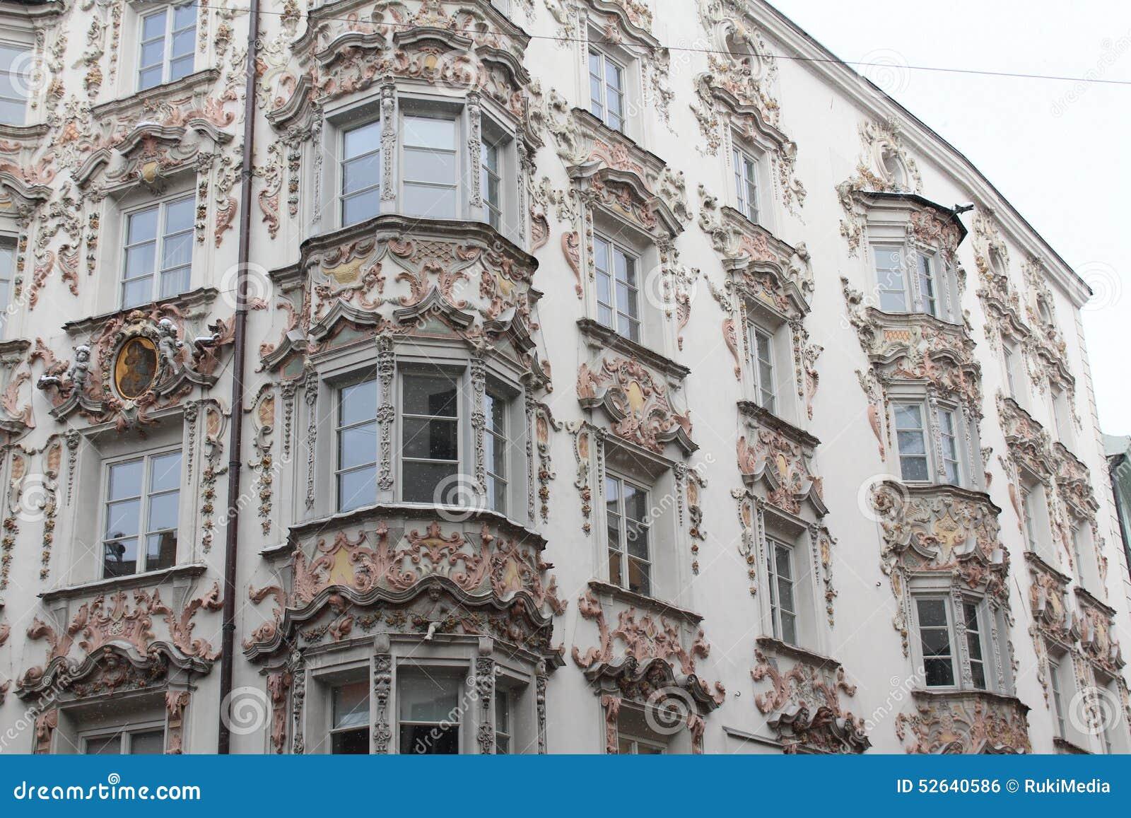 56a0e1648318 Classic Austrian Architecture In Innsbruck