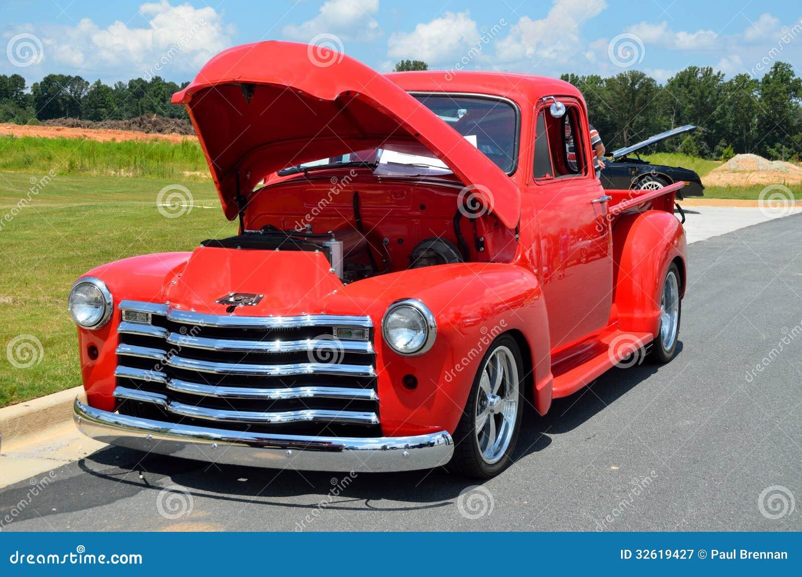 bonnet car classic