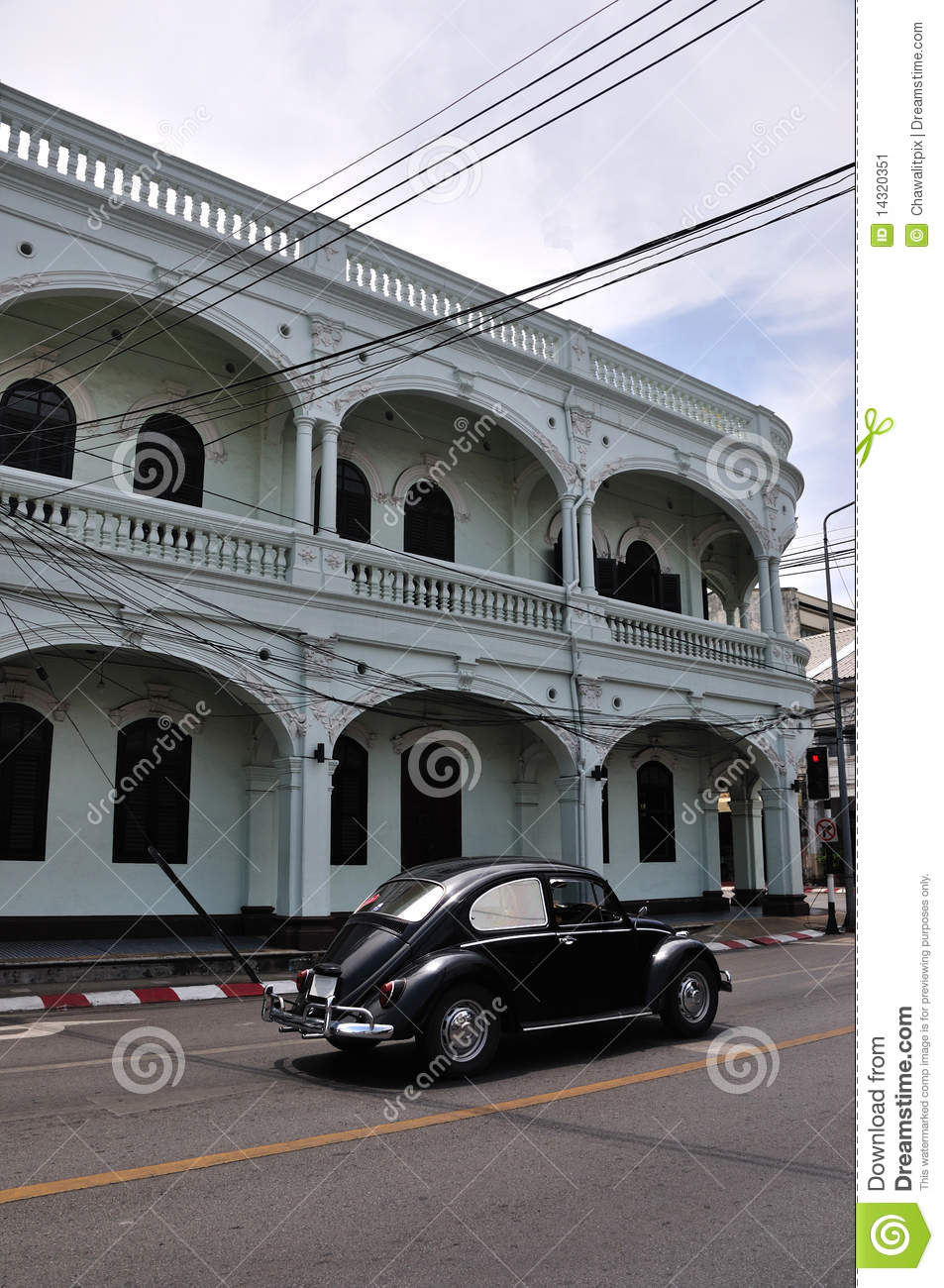 Classic Car And Sino-Portugese Building Stock Image - Image: 14320351