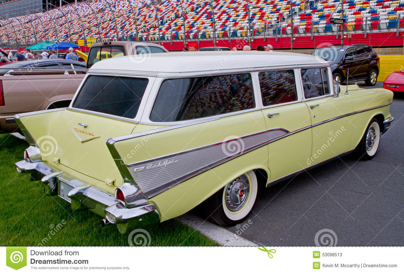 Classic 1957 Chevy Station Wagon Editorial Stock Photo - Image of ...