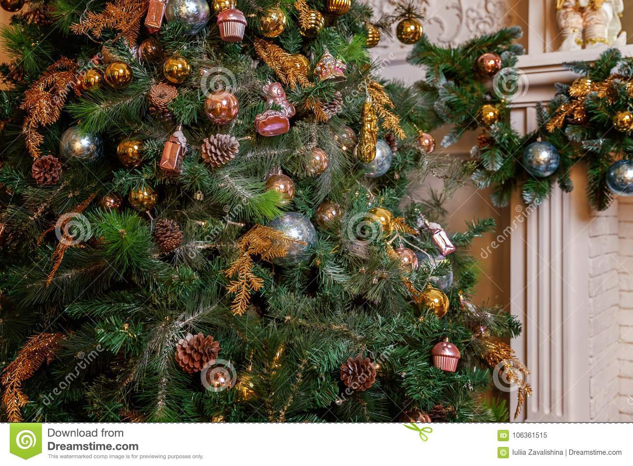 christmas tree with gold blue and silver decorations - Christmas Tree Decorations Gold And Blue
