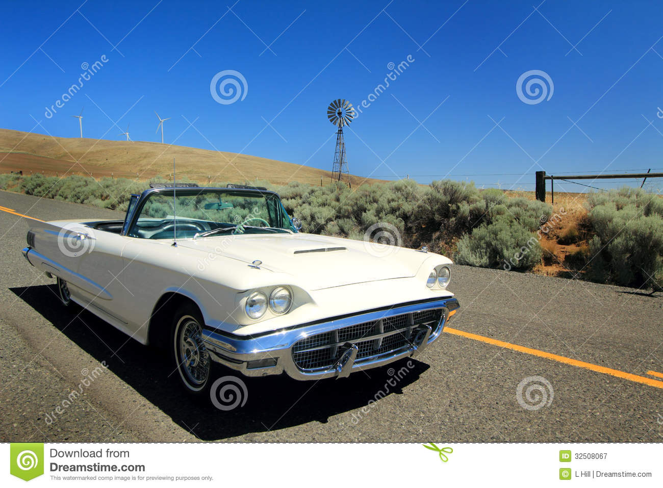 classic 1960 ford thunderbird convertible royalty free stock photography image 32508067. Black Bedroom Furniture Sets. Home Design Ideas