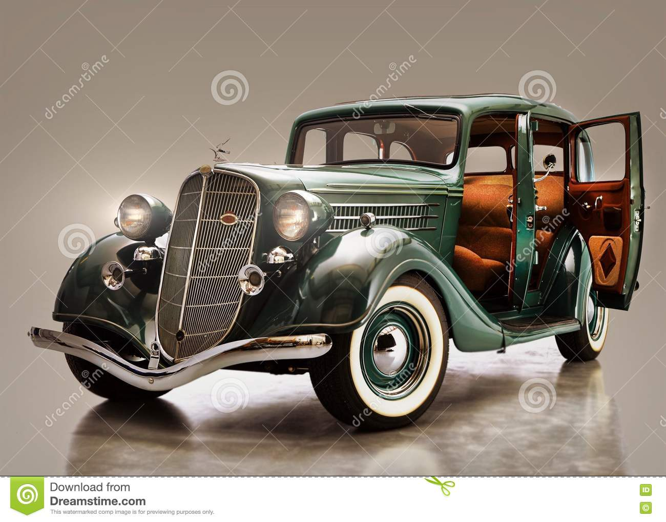 Classic Gangster Car From The 1930\'s Stock Image - Image of wanted ...