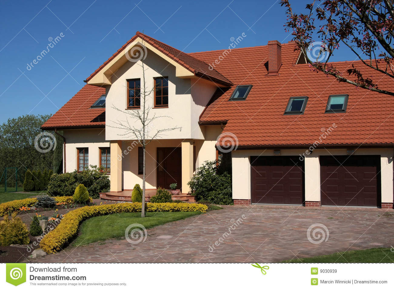 Classic house royalty free stock images image 9030939 for Classical houses