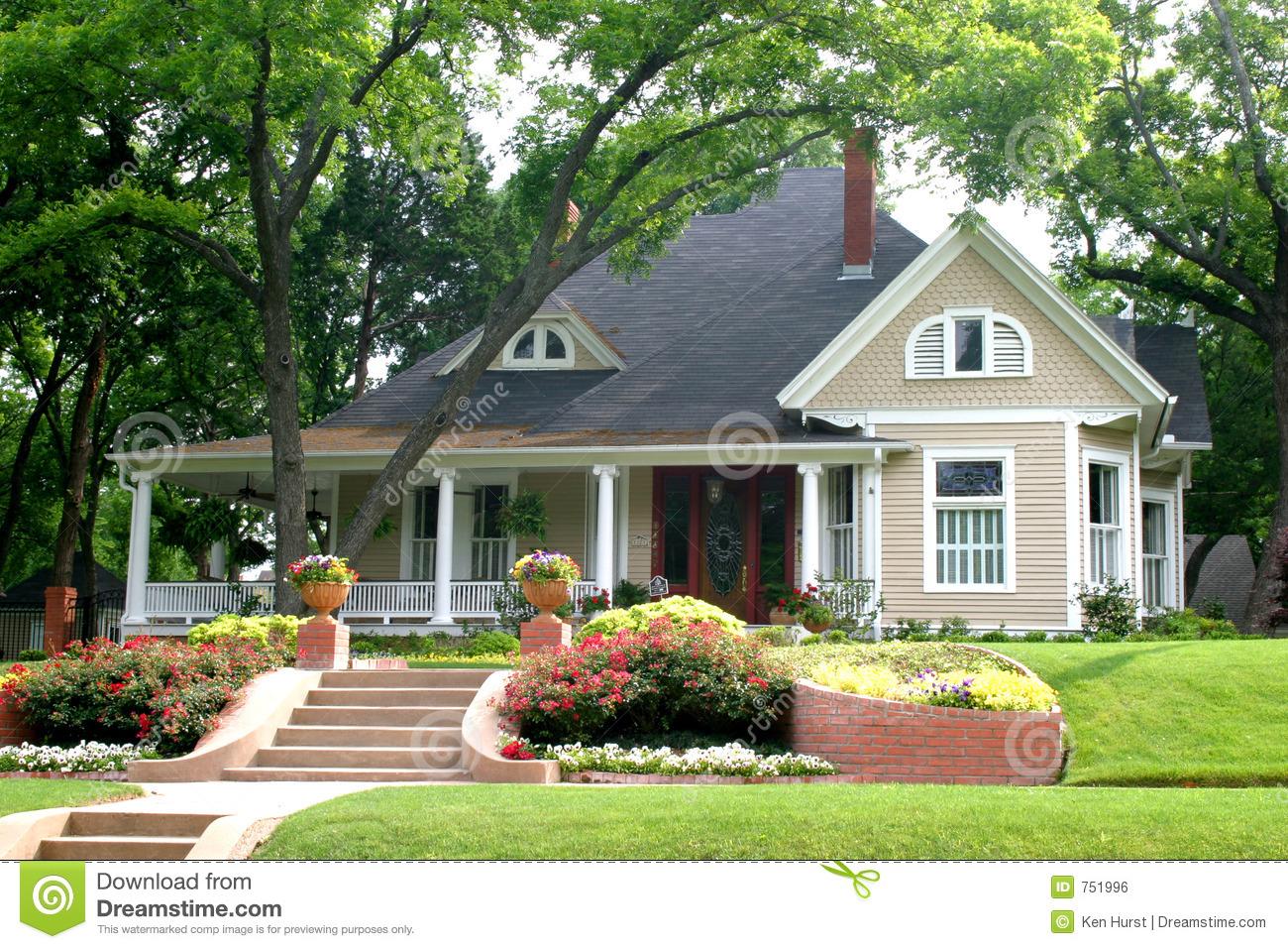 Classic house with flower garden stock photo image of House garden pics