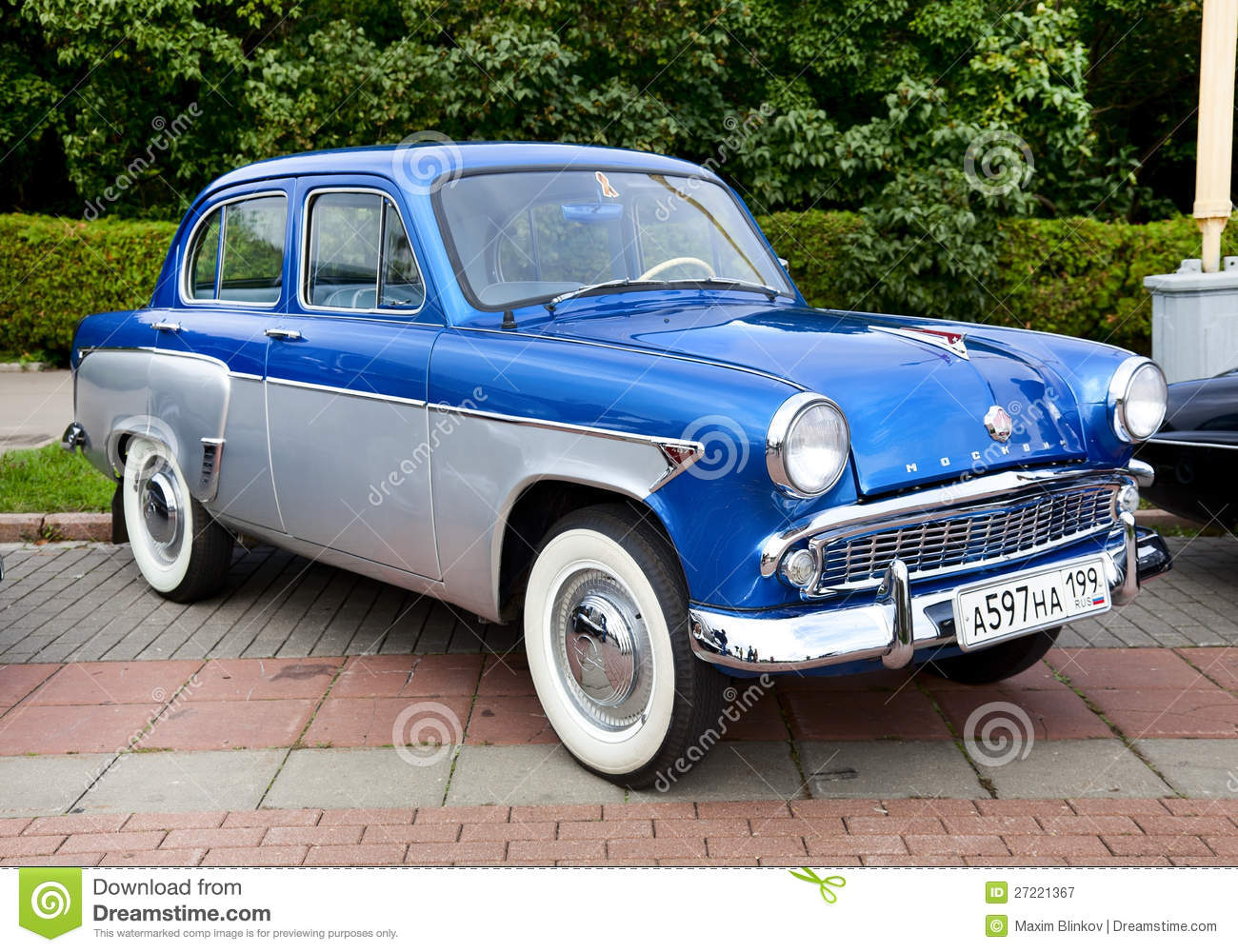 classic blue car pictures   car canyon