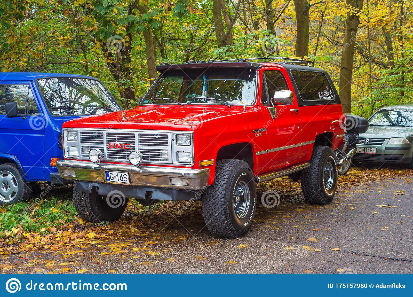 Classic Old Red American Gmc 4wd Car Parked Editorial Image Image Of Grill Forest 175157980