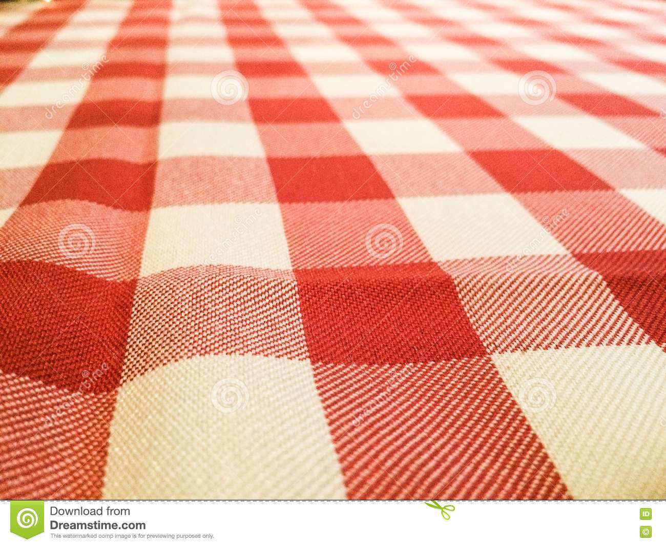 Classic Red And White Picnic Table Cloth