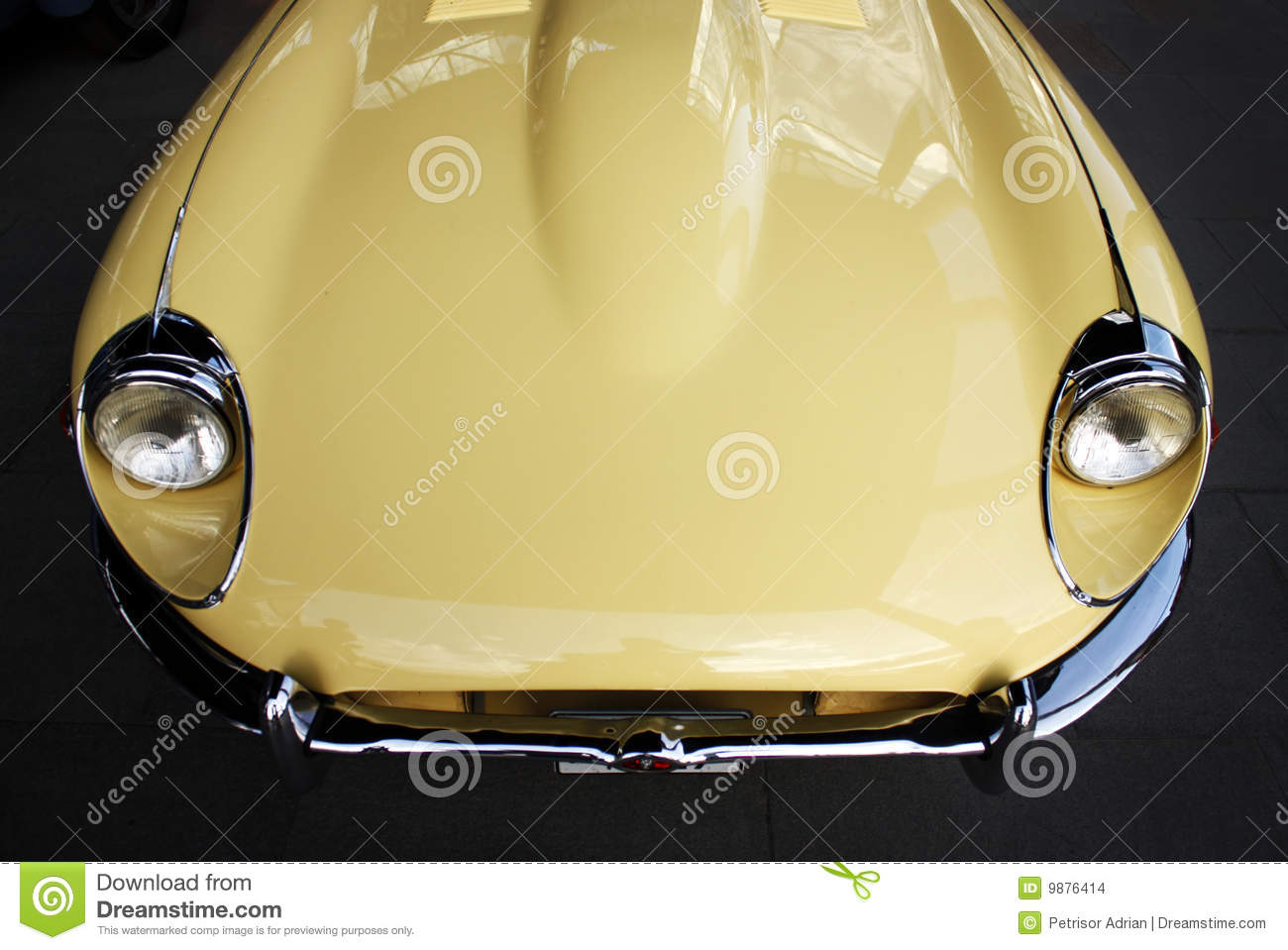 Restore A Muscle Car >> Classic Retro Car Hood Stock Images - Image: 9876414