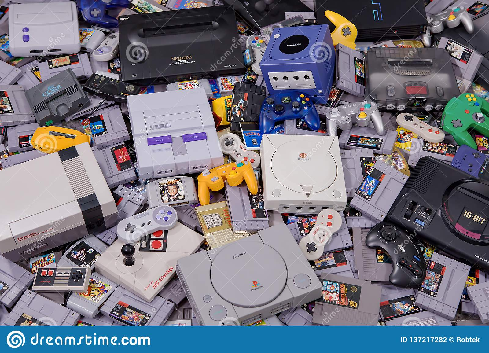 Classic Retro Video Games, Controllers and Systems