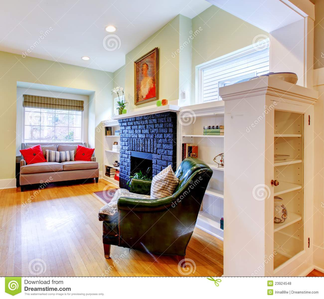 Classic small old house living room interior royalty free for Old house classics