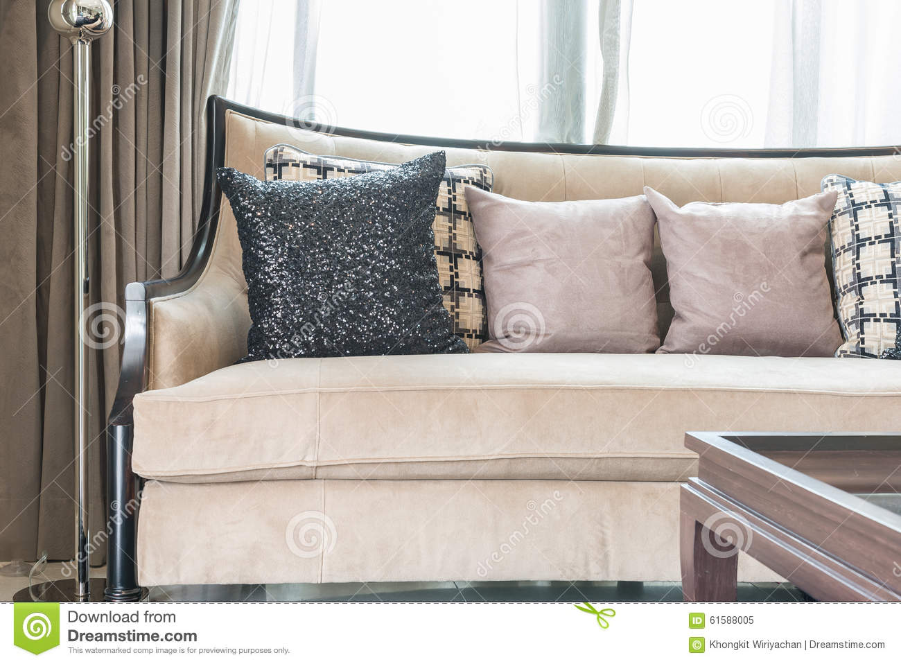 Classic sofa style with pillows in luxury living room for Classic couch styles