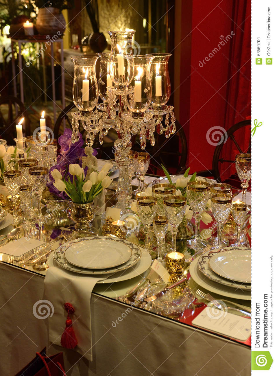 Christmas classic table decoration dinner event elegant for Decoration de table