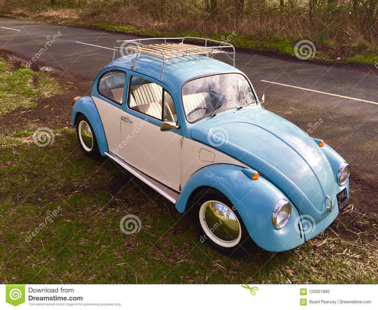 Classic Volkswagen Vw Beetle Editorial Image Image Of Blue Shot 125051895
