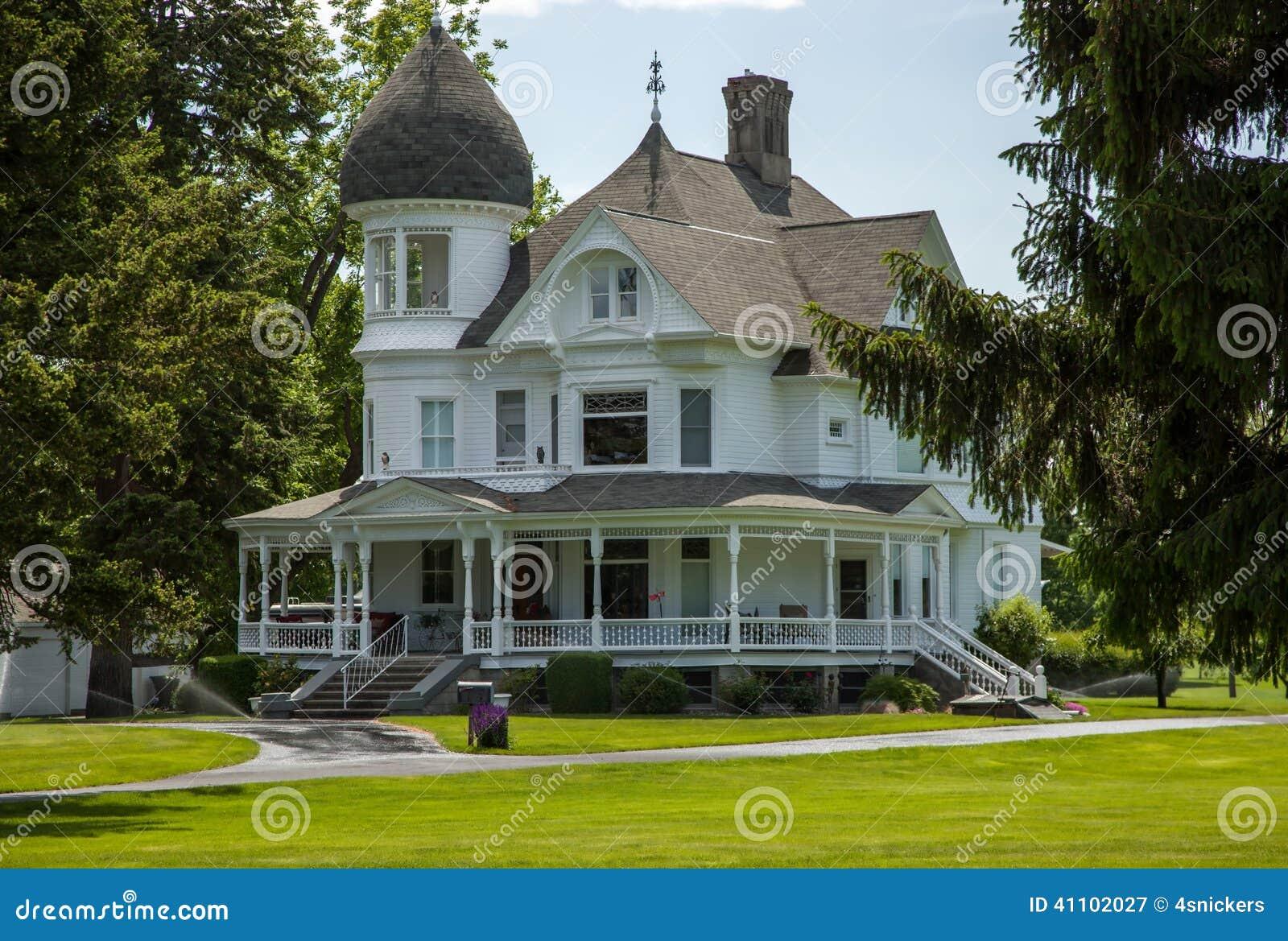 Classic White Victorian Home Stock Photo - Image: 41102027