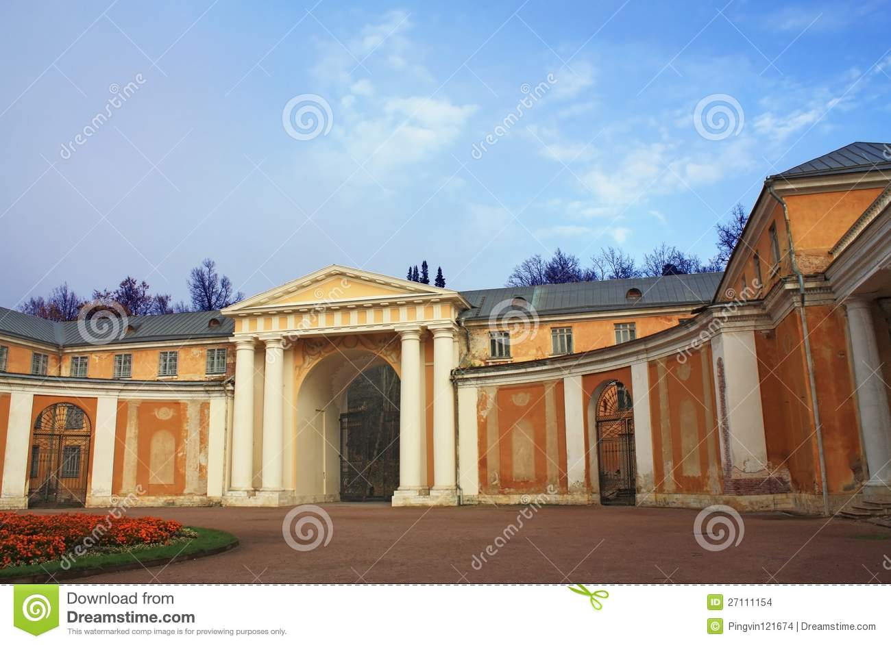 Classical Fronton With Columns And Arch Stock Photo - Image of
