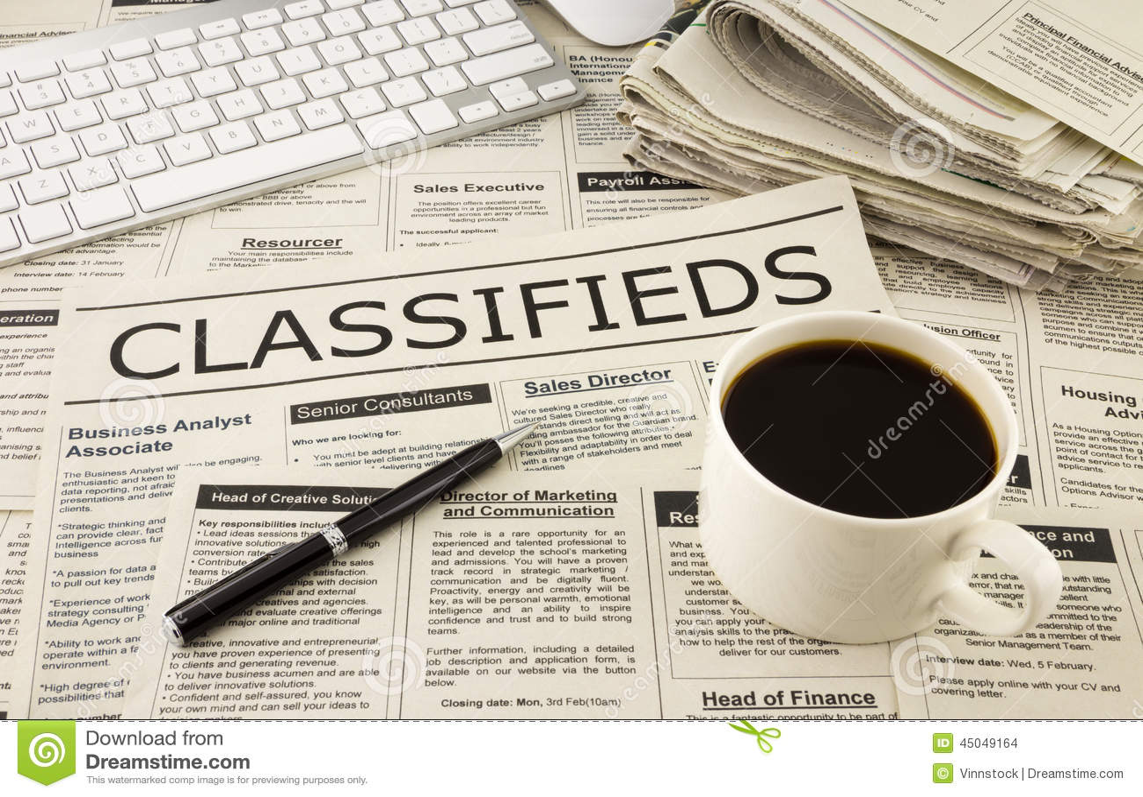 Classifieds reklamy na gazecie