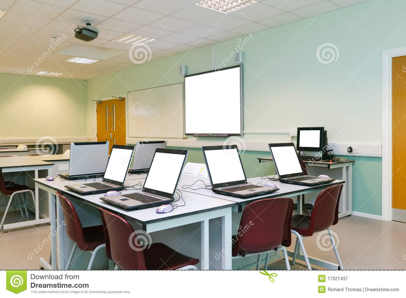 It Classroom Blank Computer Screens Royalty Free Stock