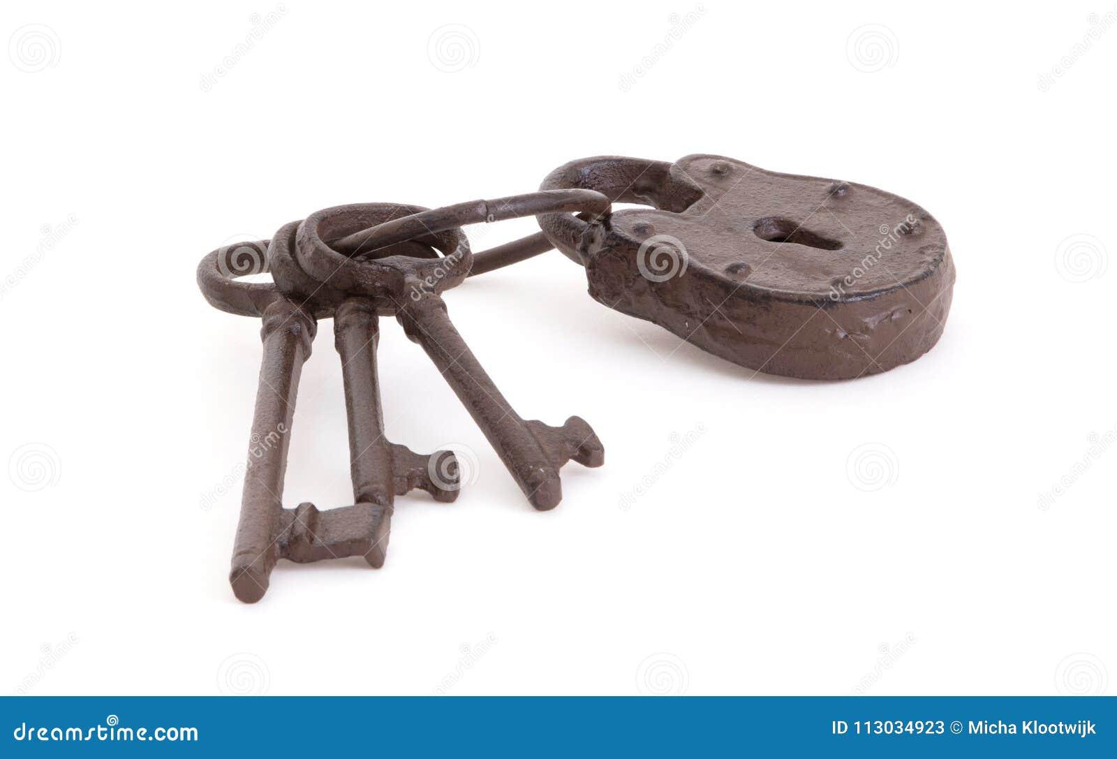 Claves antiguos en un anillo