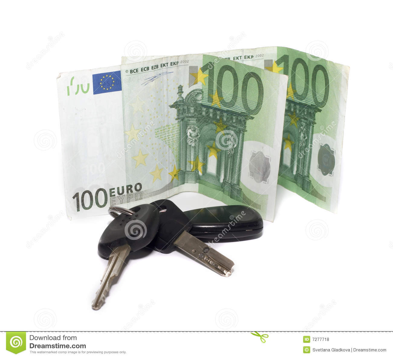 Claves del coche y de un dinero