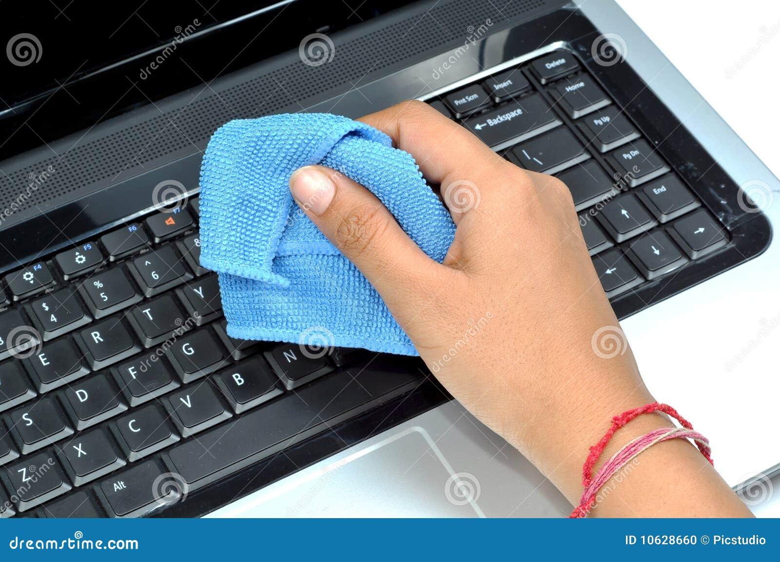 Clavier d ordinateur portatif de nettoyage