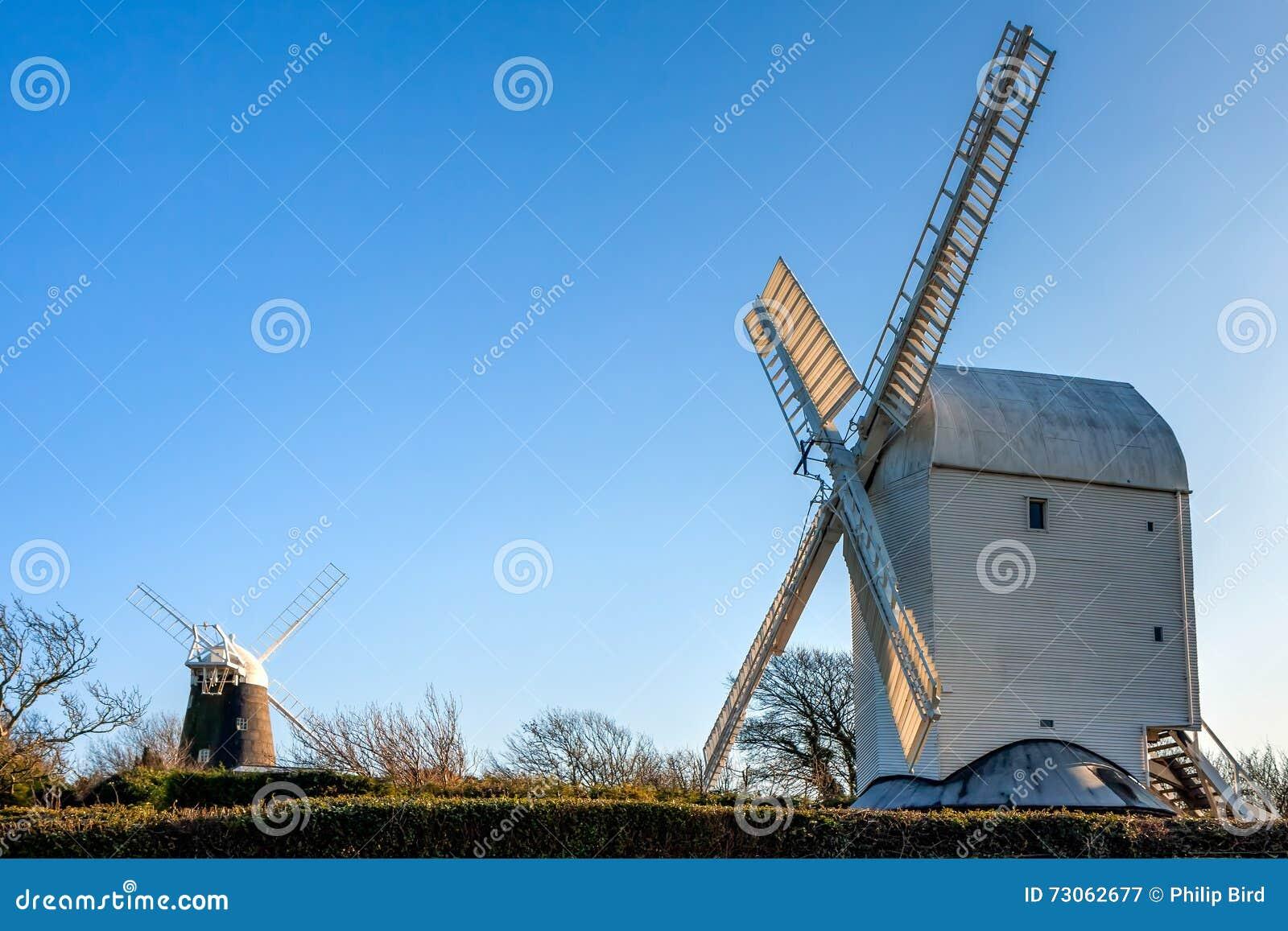 CLAYTON ÖSTLIG SUSSEX/UK - JANUARI 3: Stålar och Jill Windmills på