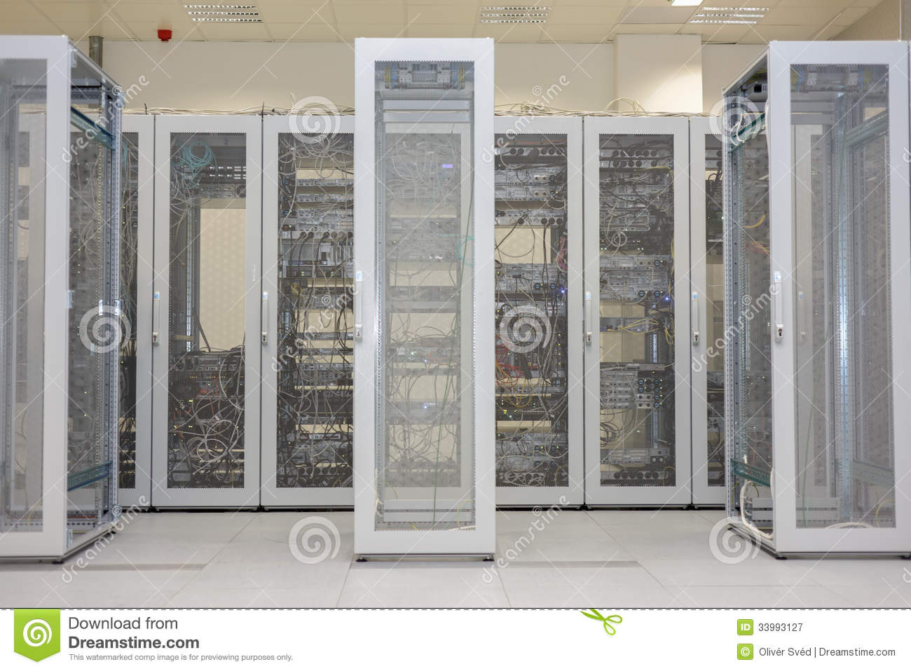 how to clean a server room