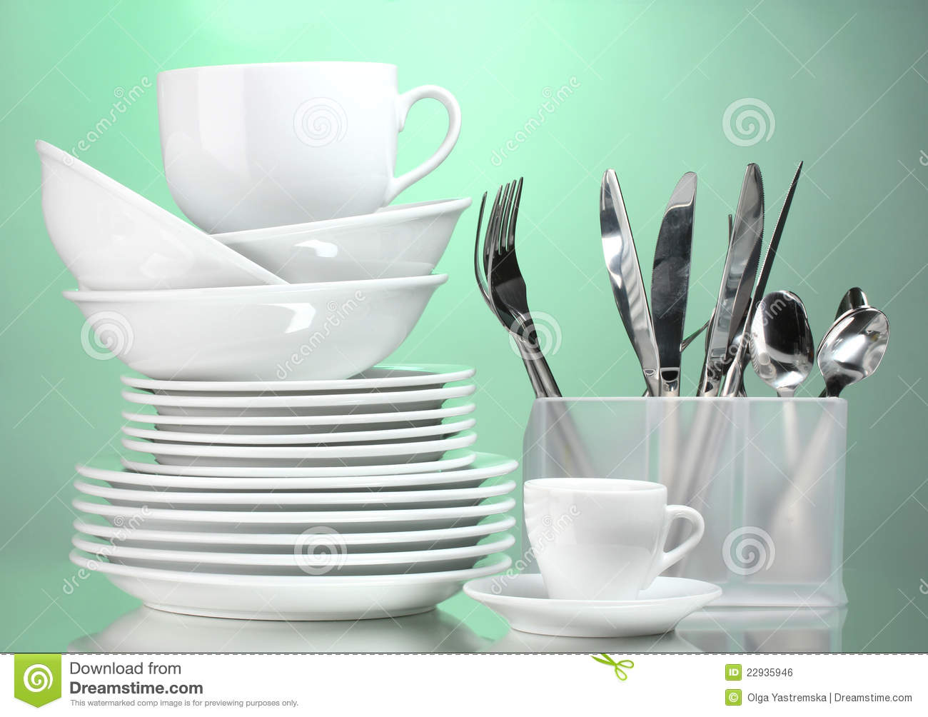 Sparkling clean dishes