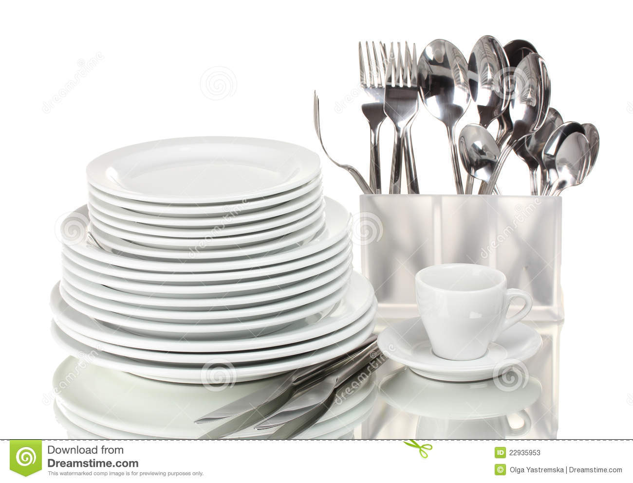 Clean Plates And Cutlery Stock Photos Image 22935953 : clean plates cutlery 22935953 from www.dreamstime.com size 1300 x 993 jpeg 107kB