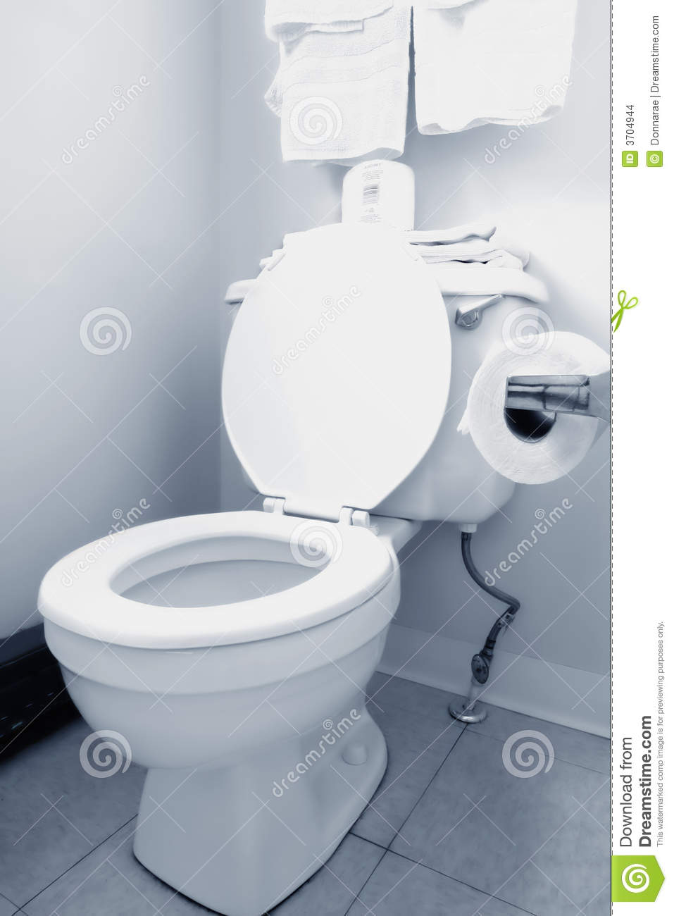 how to clean stains from white toilet seat