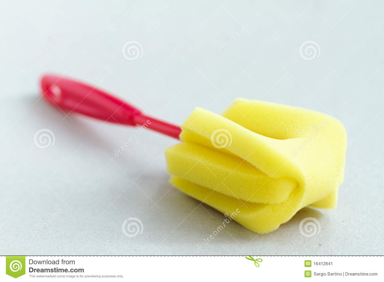how to clean a natural sponge