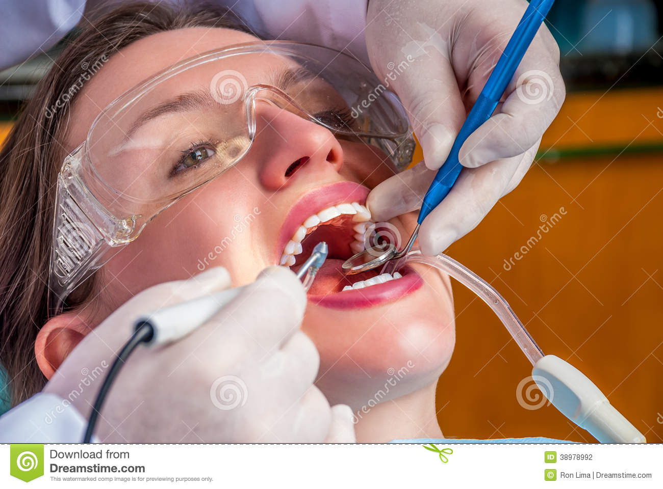 Cleaning The Teeth Stock Photo Image 38978992