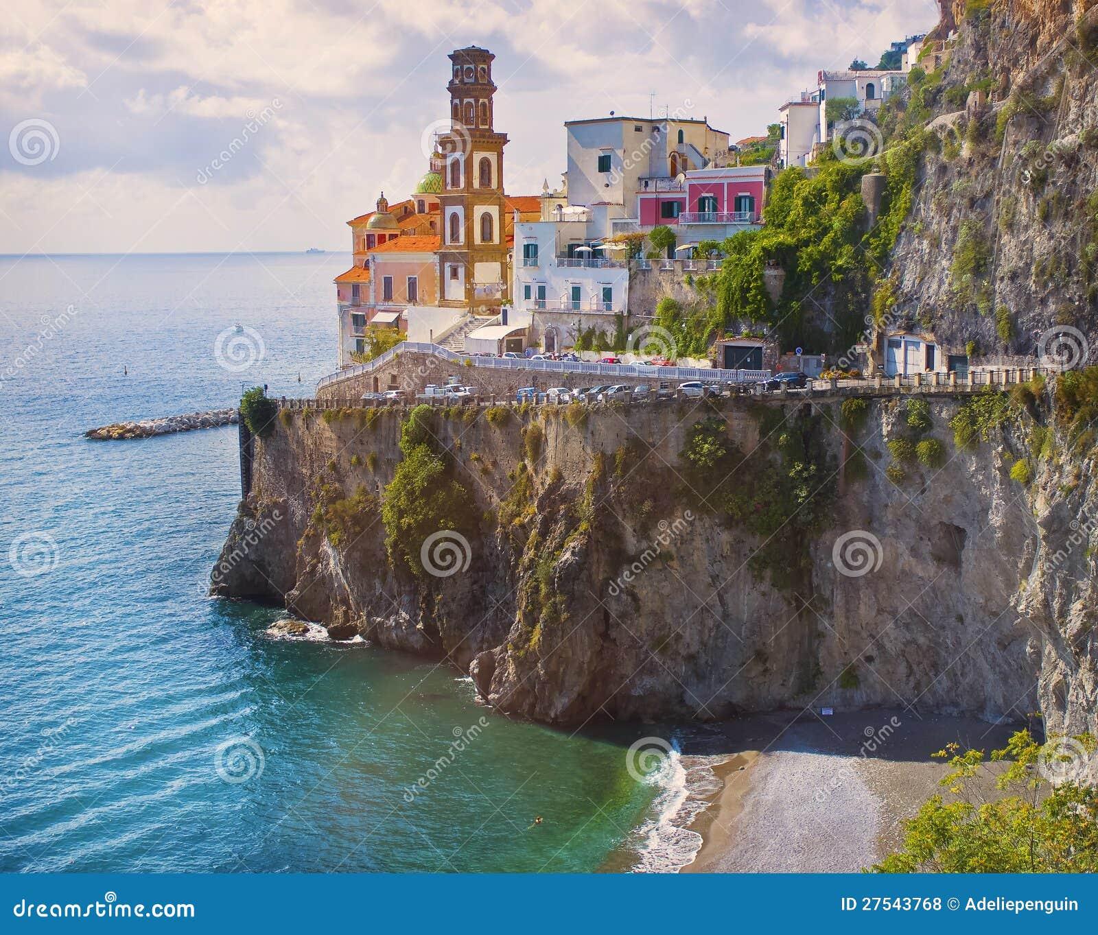 Cliffside村庄,阿马飞海岸,意大利