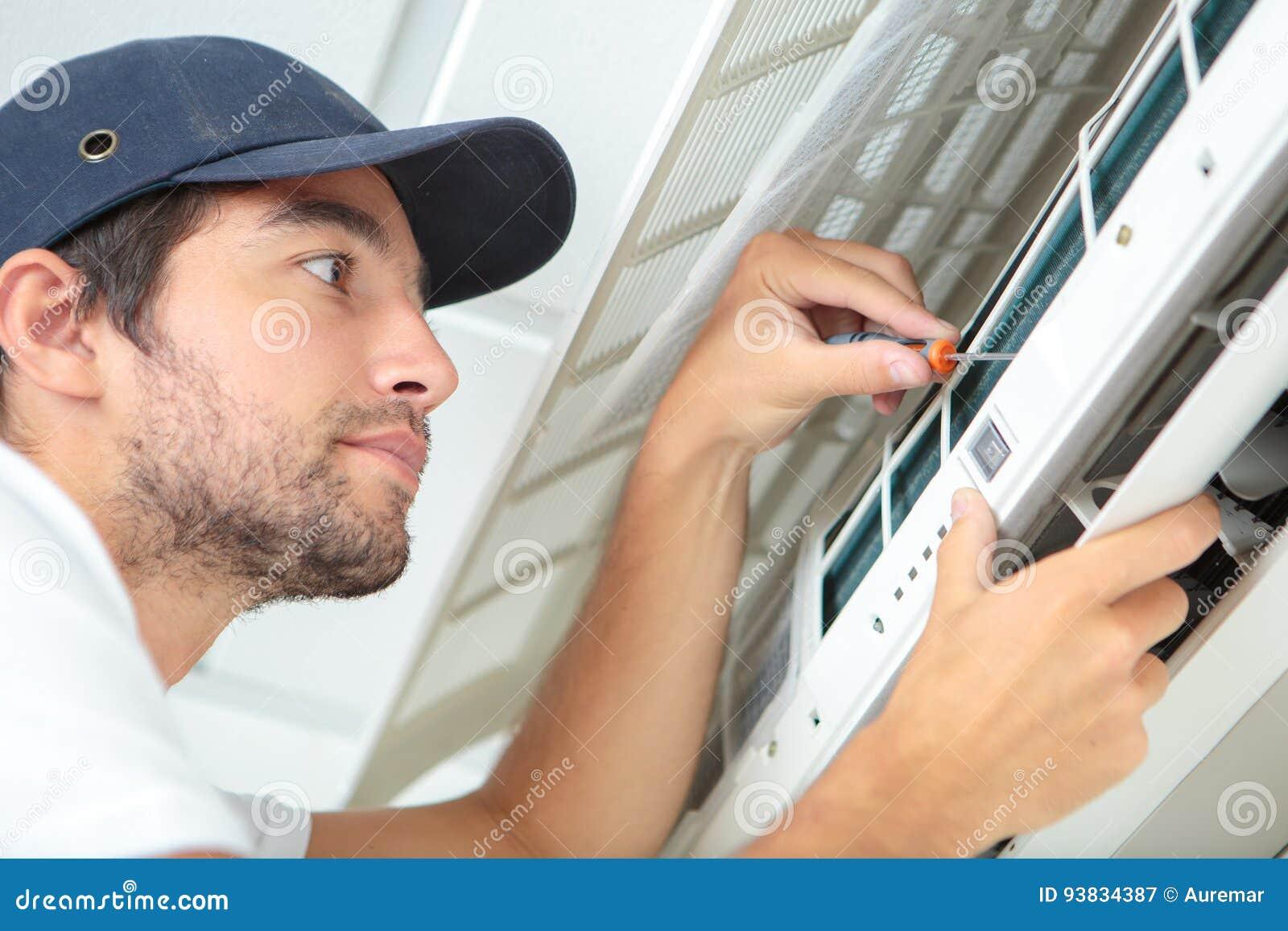 Climatisation focalisée d essai de bricoleur sur le mur