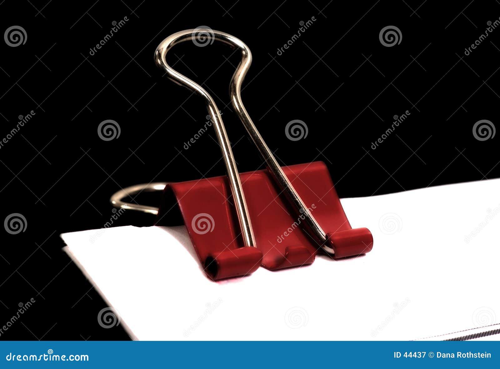 Download Clip rojo imagen de archivo. Imagen de papeleo, seguro, fijación - 44437