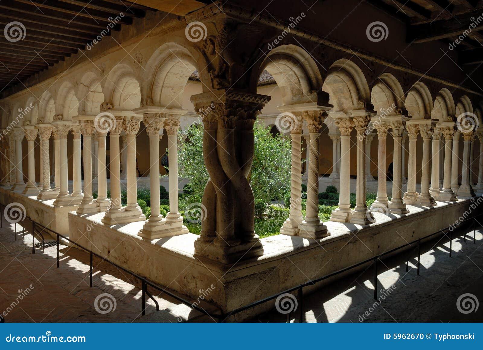 Cloître à Aix-en-Provence, France