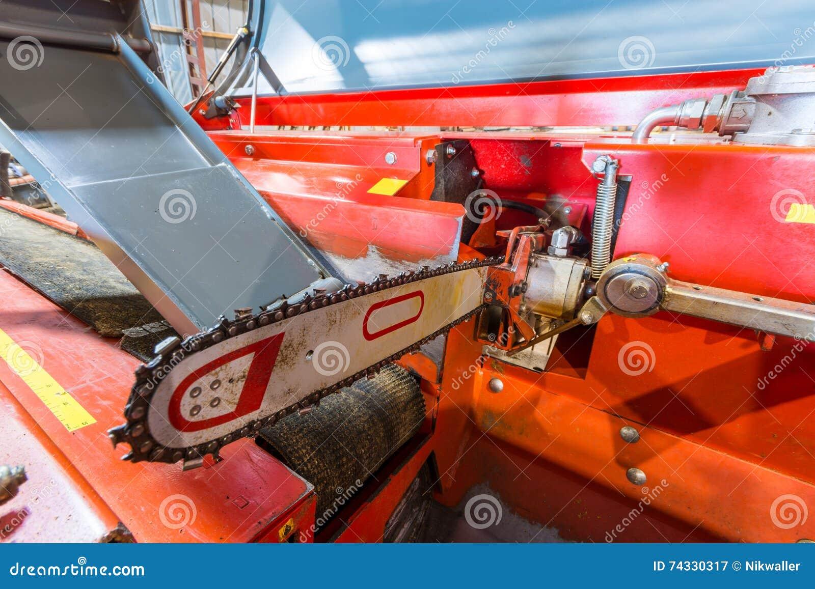 Cloe de tron onneuse machine pour couper le bois de for Chevre pour couper le bois