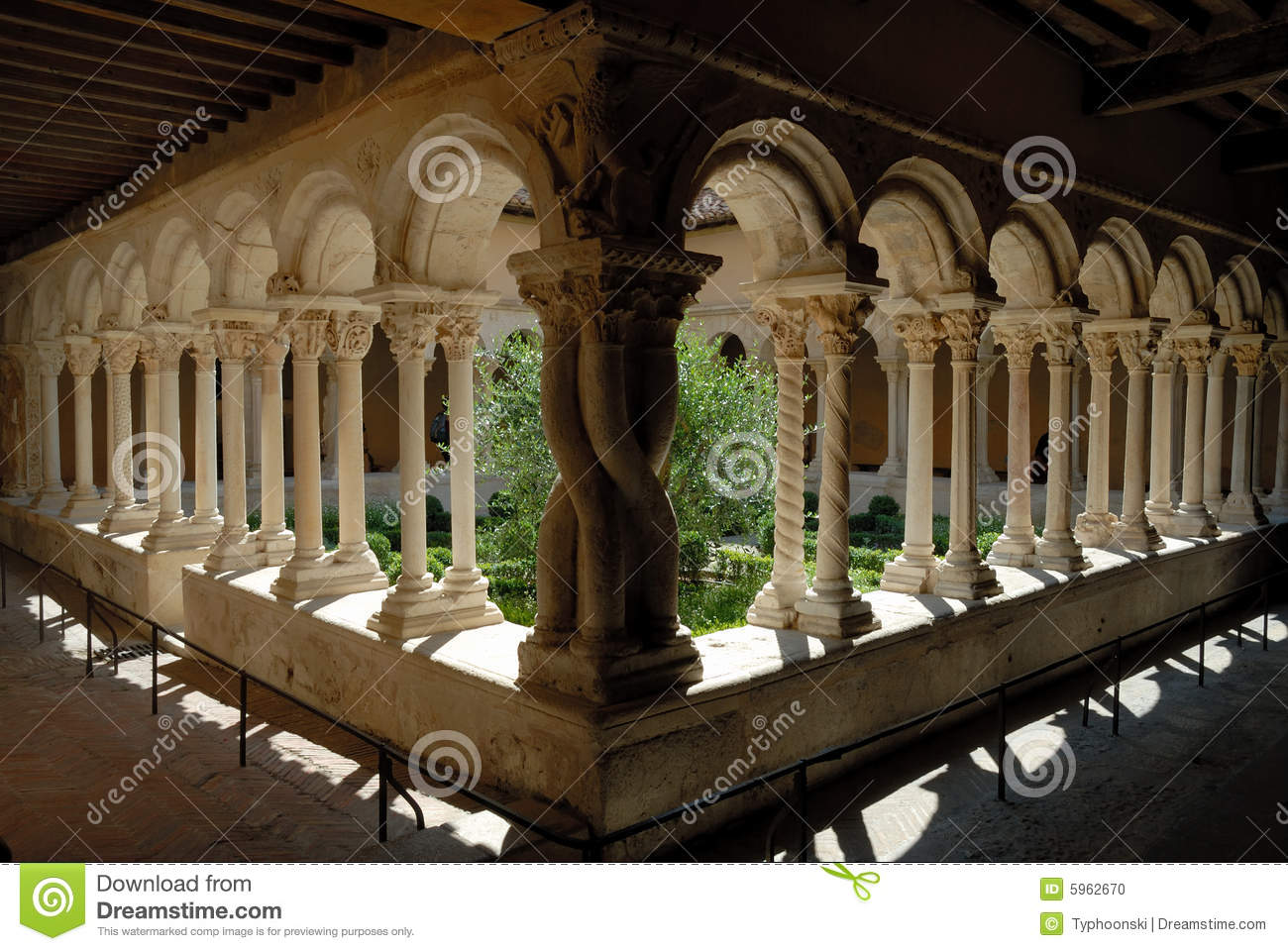cloister in aix en provence france stock photo image 5962670. Black Bedroom Furniture Sets. Home Design Ideas