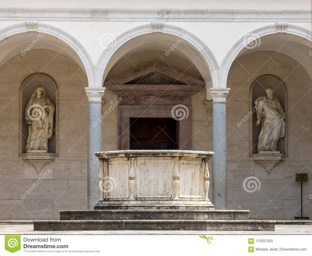 Cloister of Benedictine abbey of Monte Cassino. Italy
