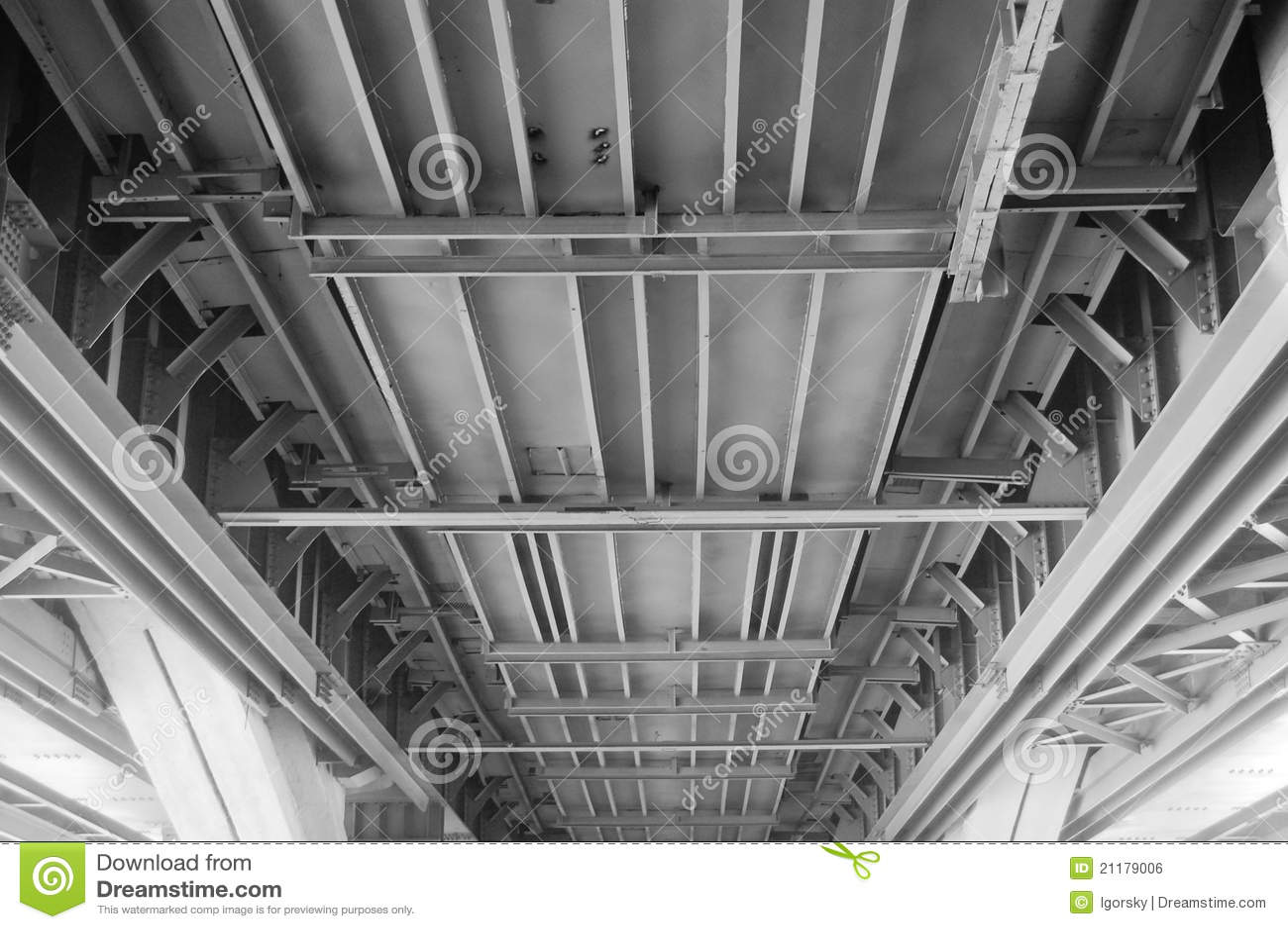 Close-up , bridge frame