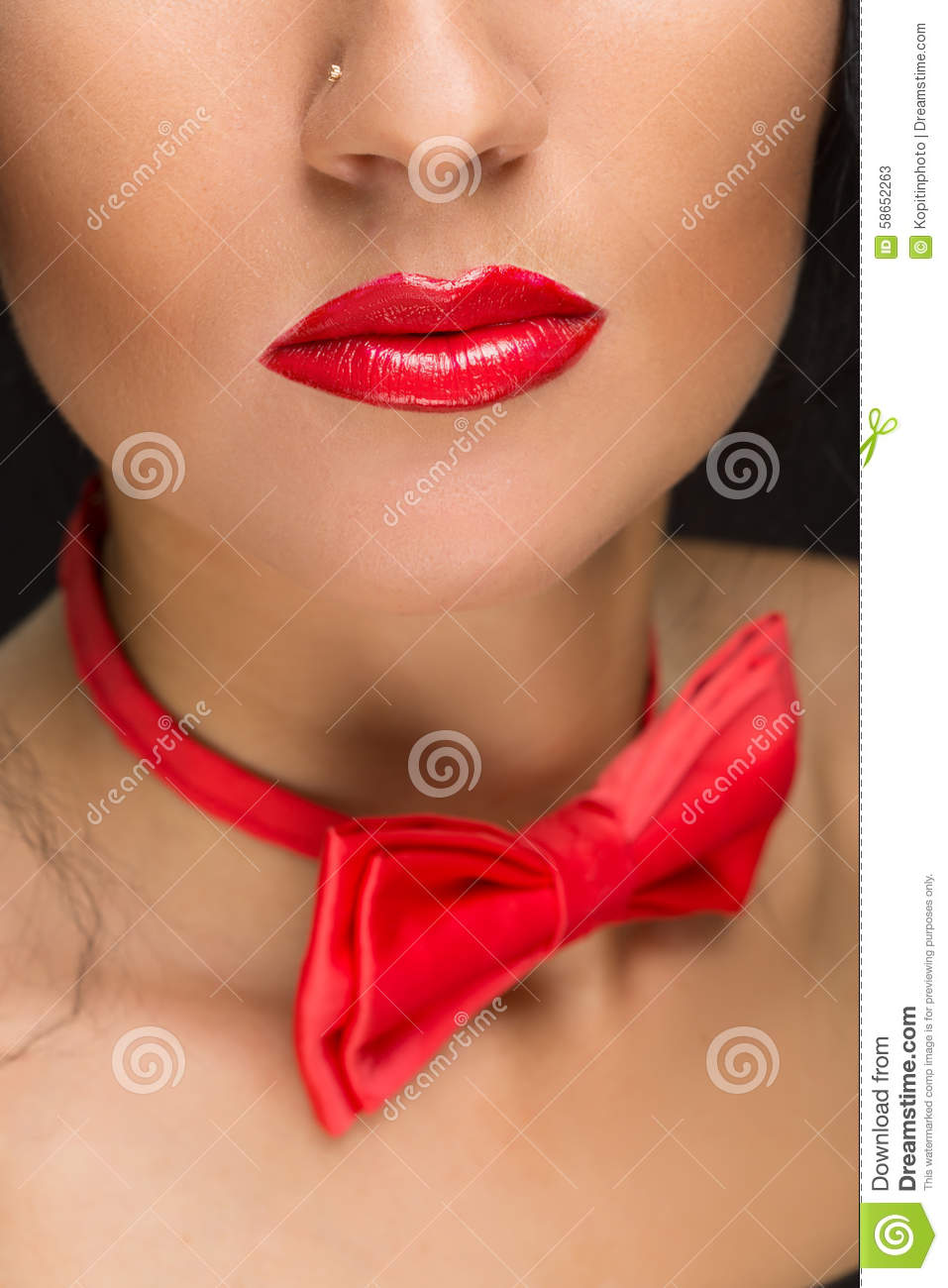 lipstick tied up Red