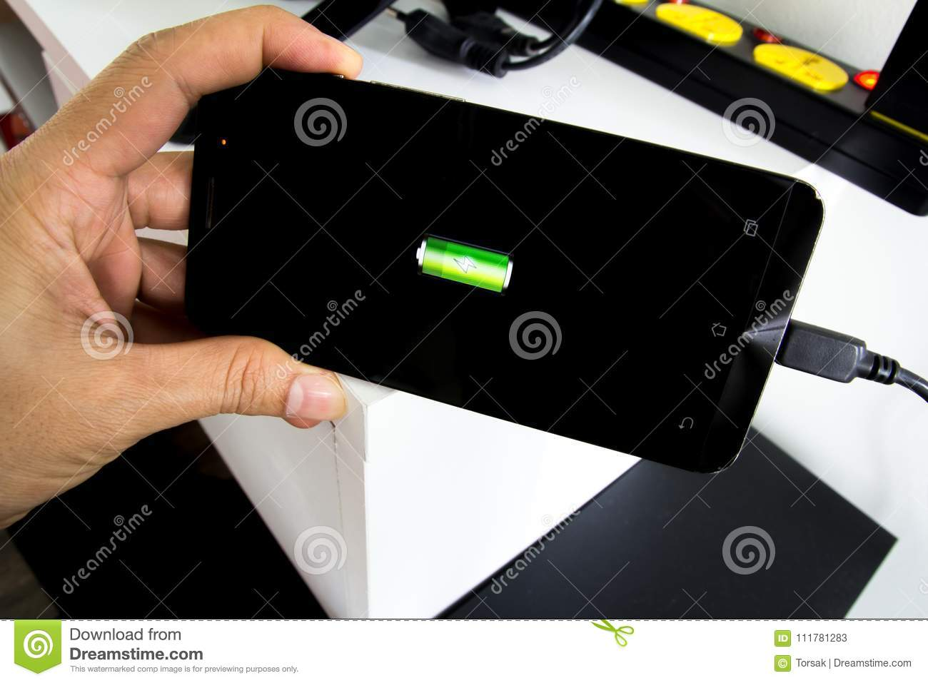 Charge the phone Smartphone