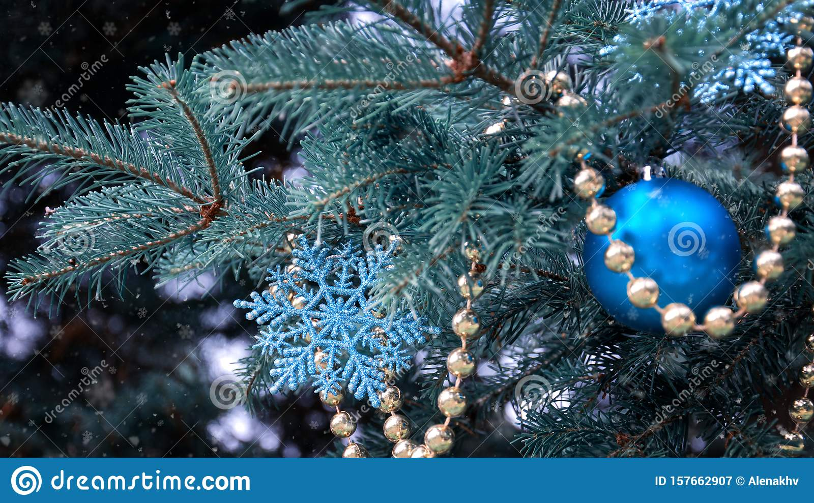 Close Up Of A Christmas Tree With Rose Gold And Turquoise Decorations Balls Snowflakes Bows Beads On A Blurry Background Stock Image Image Of Christmas Bows 157662907