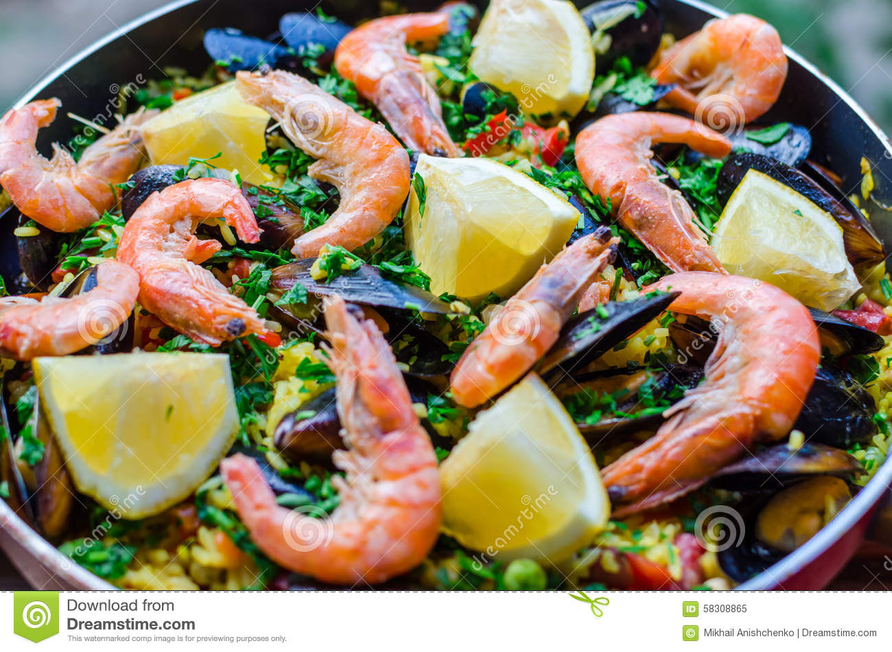Close Up Classic Seafood Paella With Mussels, Shrimps And Vegetables ...
