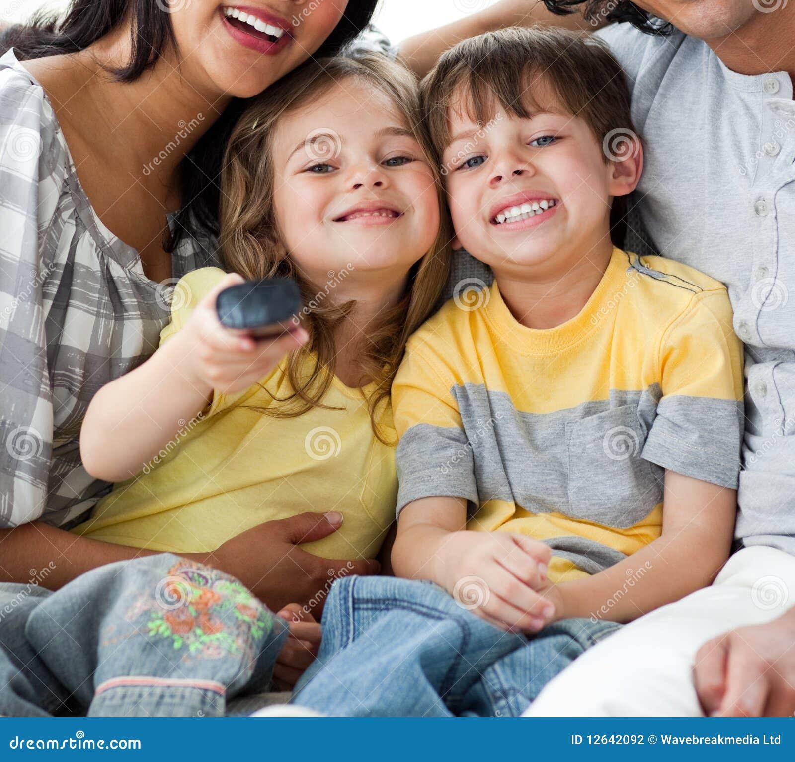 Симпатичный брат с сестрой 4 фотография